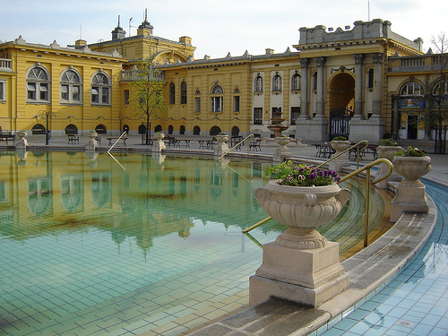Scezhenyi Bath, by ElinB, Flickr Creative Commons. Budapest-Hungary