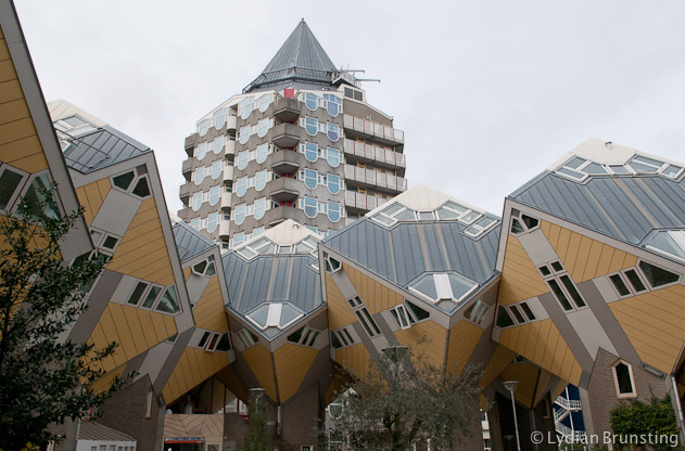 2014-02-The-Netherlands-Rotterdam-Cubicle-Houses-Lydian-Brunsting (5)