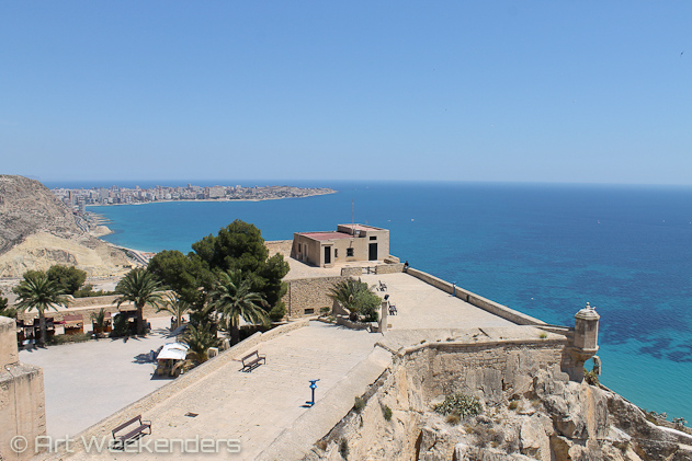 Spain-Valencia-Santa-Barbara-castle-view