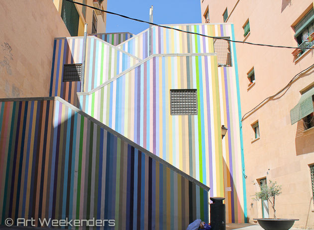 Spain-Alicante-street-art-stairs
