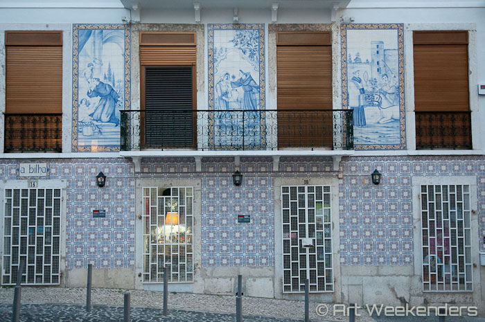 tiled-houses-alfama-lisbon-portugal-half-a-day-in-lisbon
