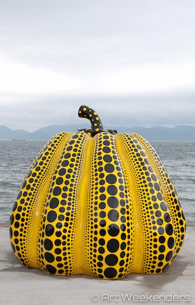 Yayoi Kusama Pumpkin art island Naoshima Japan